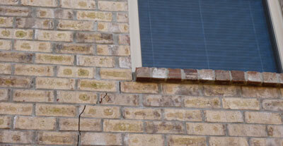 veneer-brick-crack-closeup